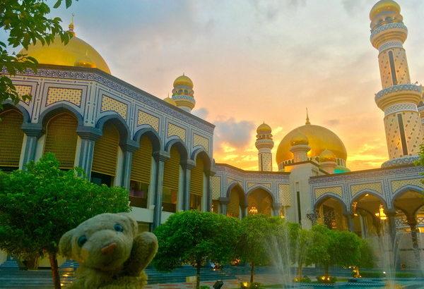 【99ヶ国目・ブルネイ】裕福な王国で、美しいモスク三昧なの!