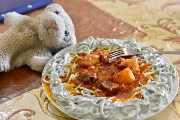 【もろたべ】ウズベキスタン料理 & とモロだちいっぱいなの!