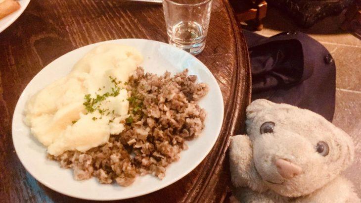 【神楽坂・もろたべ】日本のライバル、スコットランドを食べたなの!【ザ ロイヤルスコッツマン】
