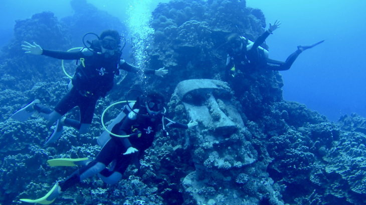 【ダイビング】ラパ・ヌイの海底に沈むモアイへ会いに行ったなの!